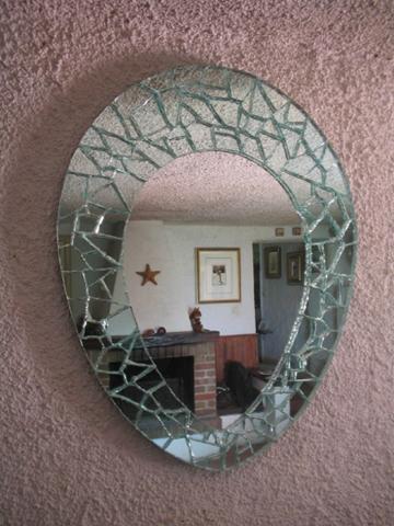 specchio parete forma di goccia con rifinitura mosaico
