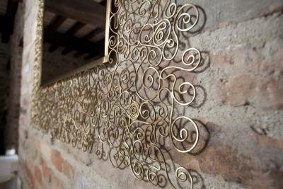 Tuttiricci - specchi da parete particolari, design, moderni di valore